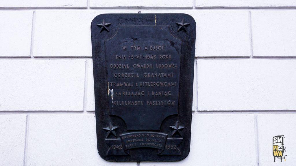 Tablica naPałacu Lubomirskich upamiętniająca akcję Gwardii Ludowej