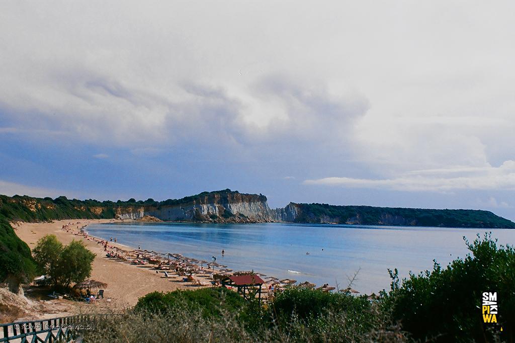 Plaża Gerakas, zwana plażą żółwi. Fotografia analogowa