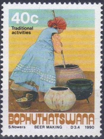 Tradycyjny proces przygotowania piwa. Bophuthatswana, 1990 (źródło: colnect.net)
